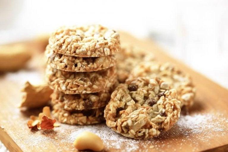 Корисне печиво з кунжутом, насінням льону та вівсянкою
