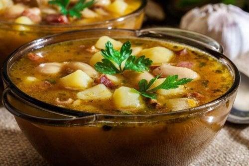 Як зробити смачне іспанське рагу: поте галєго