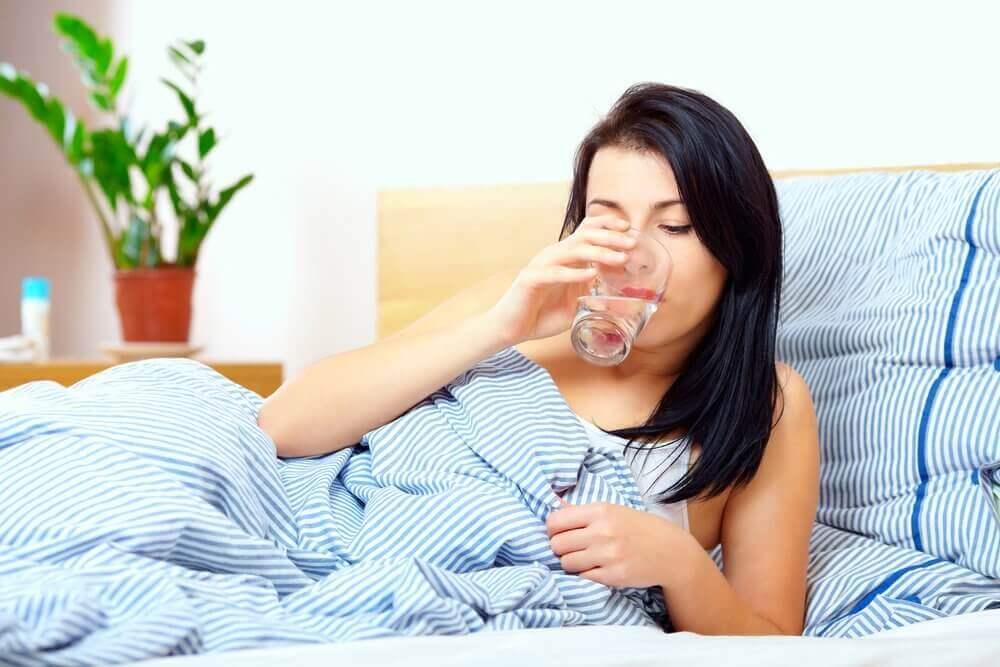 корисні звички: вживання води