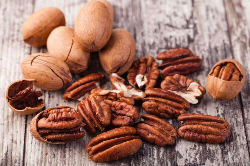 чому потрібно вживати волоські горіхи
