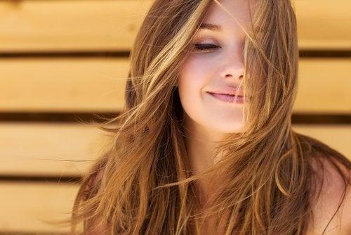 7 продуктів для сприяння здоров'ю волосся