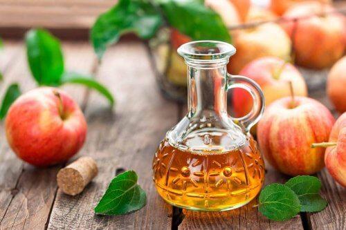 знежирення кухонних меблів яблучним оцтом