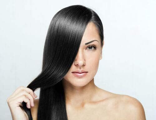 ефективні способи природного випрямлення волосся