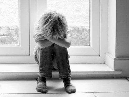 Як дізнатися, що над дитиною знущаються в школі