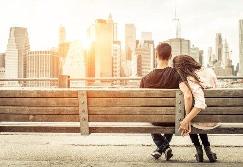 як мозок впливає на кохання