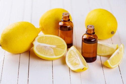 лимонна олія
