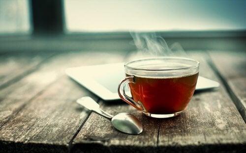 як природно лікувати бронхіт гарячим чаєм
