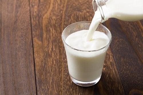 холодне молоко