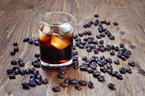 продукти з кофеїном не можна немовлятам
