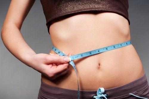5 корисних вправ, щоб мати ідеальну талію