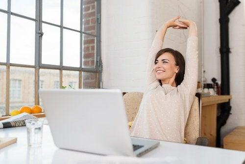 перерви на роботі для поліпшення постави