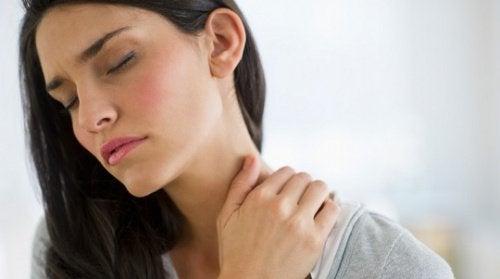миттєво полегшити м'язовий біль у шиї