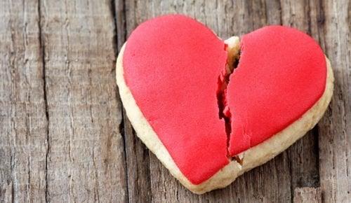 """Усе, що потрібно знати про """"синдром розбитого серця"""""""