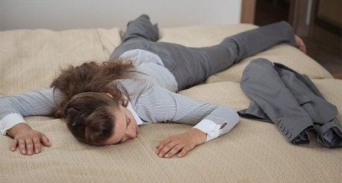 5 нічних звичок, щоб почуватися менш втомленими