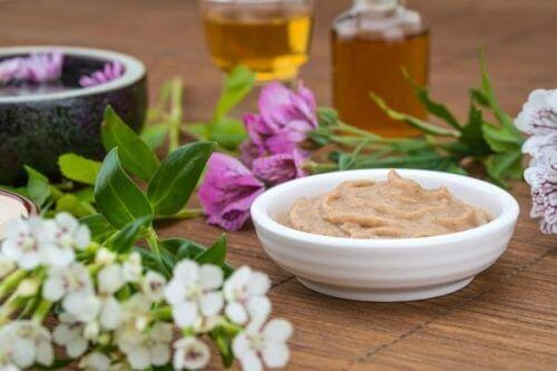 мед і пивні дріжджі для росту волосся
