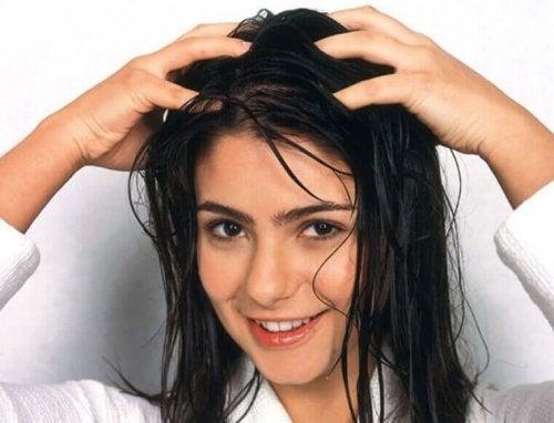 як забезпечити догляд за волоссям