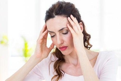 головний біль через недостачу води
