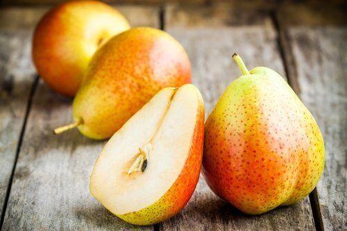 свіжі груші для зменшення целюліту