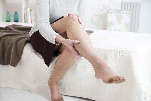 покращує кровообіг в ногах