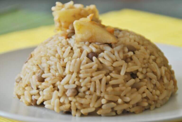 сочевиця і рис