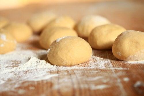 чому не можна вживати хліб для покращення роботи печінки