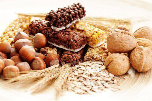 Споживайте продукти з цільного зерна