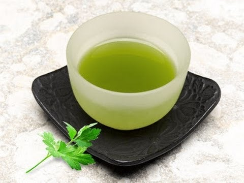 чай з петрушки може зменшити біль під час сечовипускання