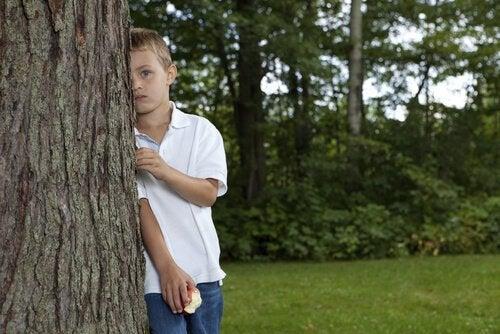 Хто повинен навчити дитину правильно діяти?