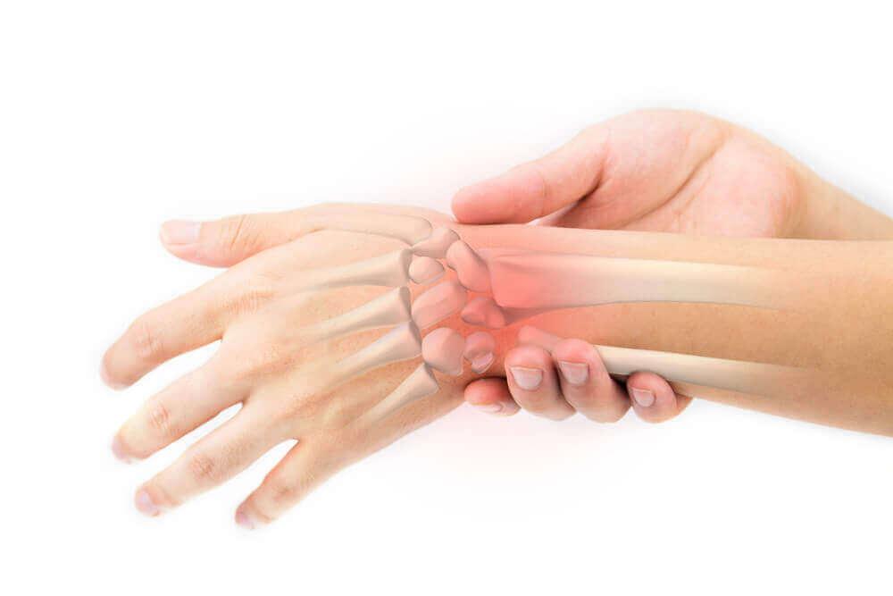 Напій з кульбаби: домашній засіб для догляду за кістками