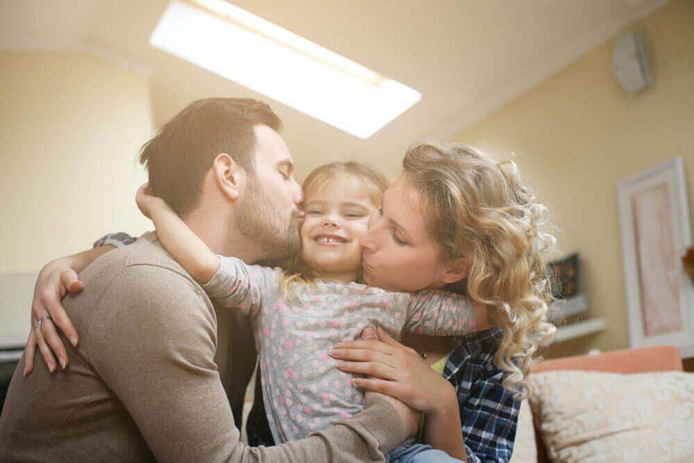 Чотири проблеми, які можуть виникнути в сім'ї, якщо ти єдина донька