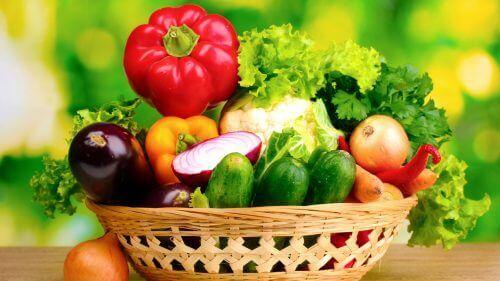 Споживайте більше свіжих овочів