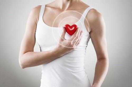 зелений чай для профілактики порушень у роботі серця