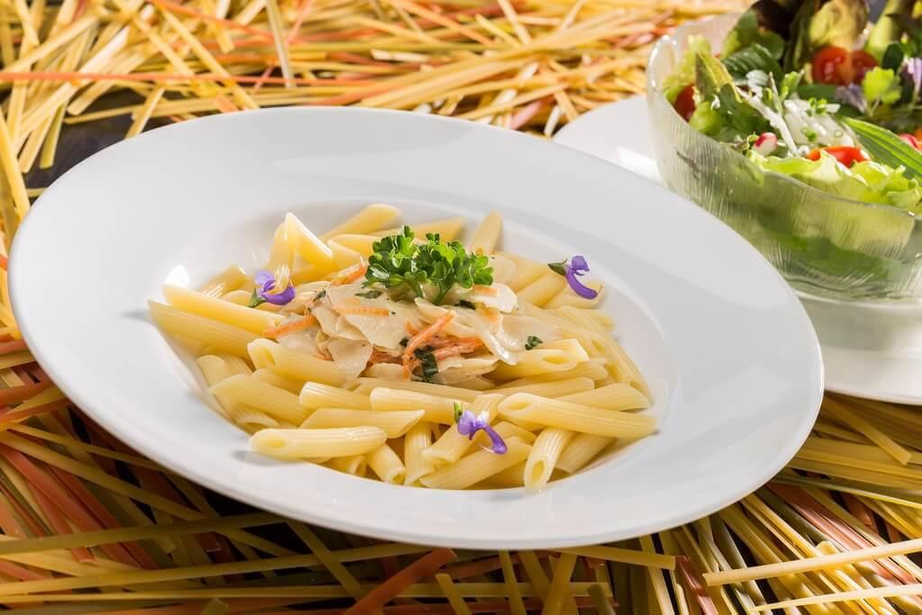 Як приготувати ніжні макарони без вершків та сиру