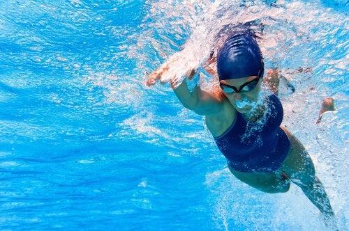плавання для втрати ваги