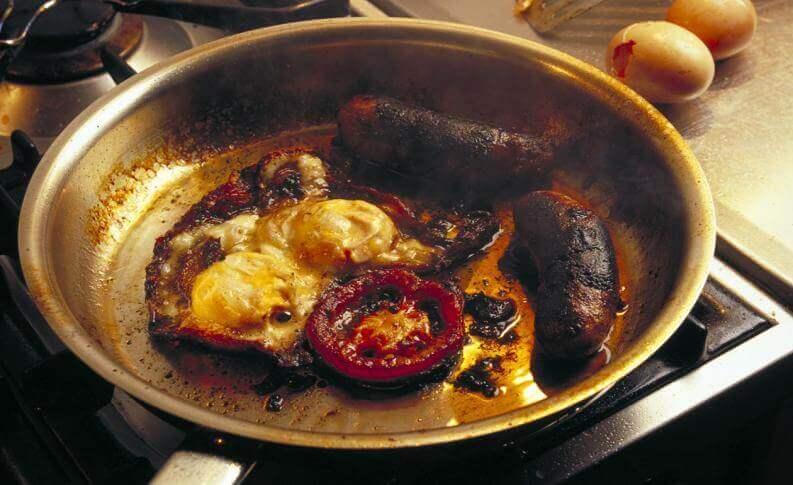 як врятувати спалені сковорідки