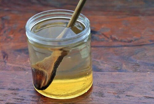 вода з медом для загоєння виразки шлунка