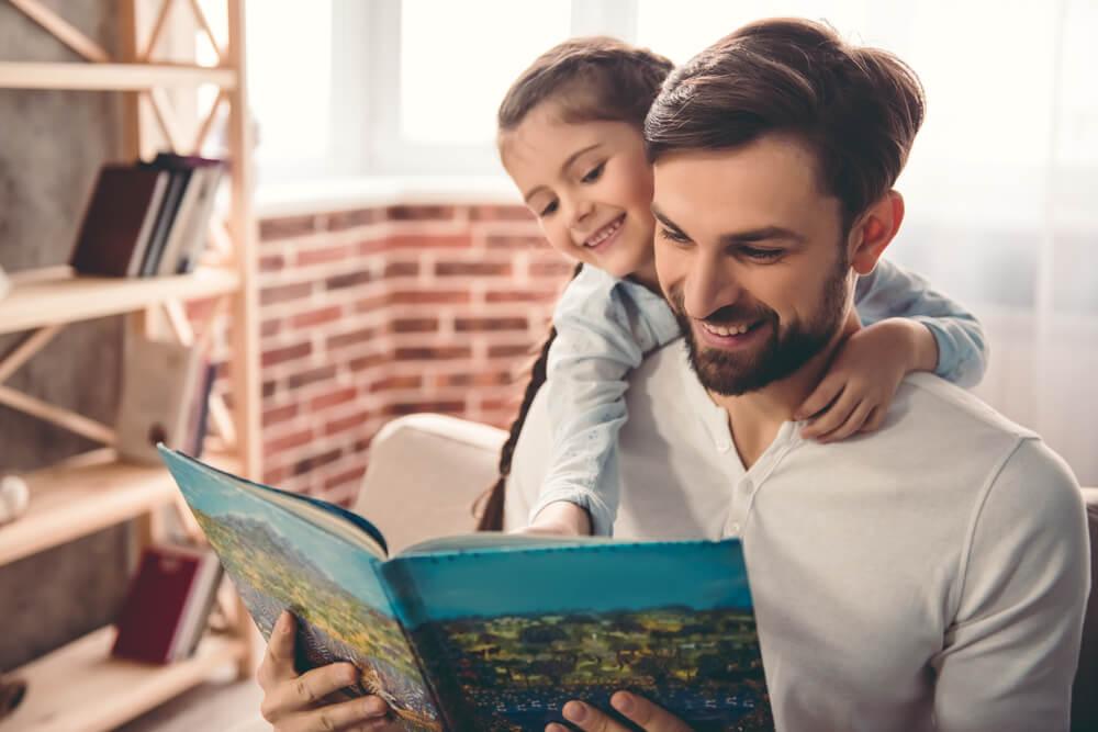 як правильно заохотити дітей читати