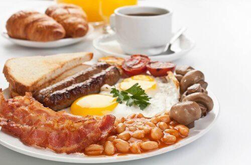 білок на сніданок