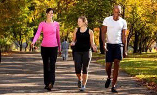 Щоденна ходьба: 6 переваг для вашого організму
