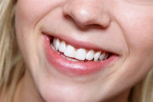користь алое вера для зубів
