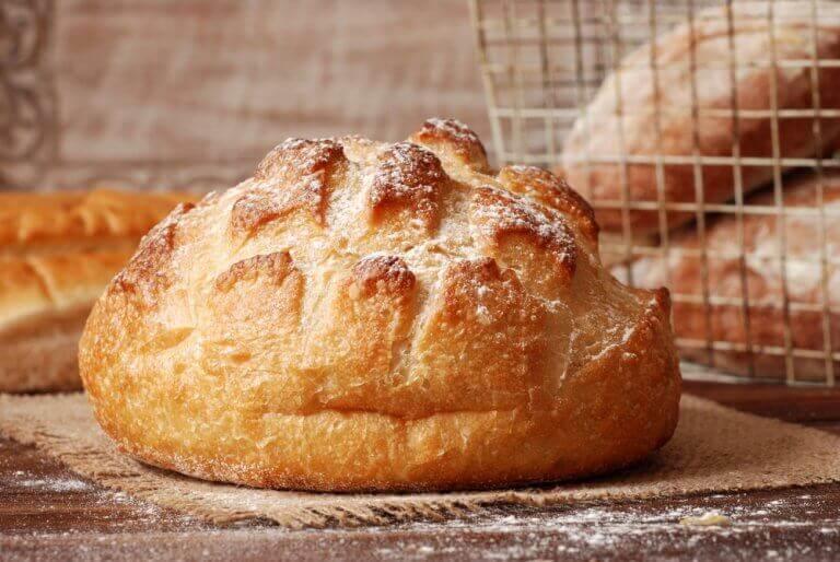 готувати хліб без додавання глютену