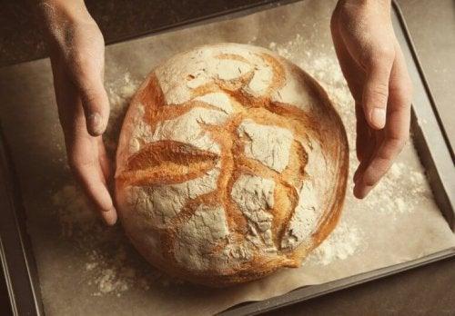 Як готувати хліб без замішування та додавання глютену