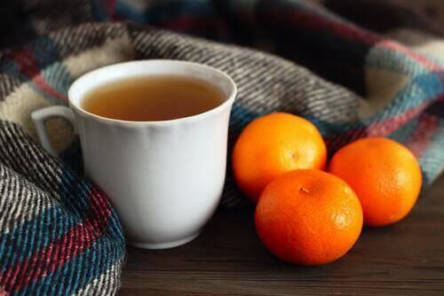 як приготувати чай з мандаринових шкірок