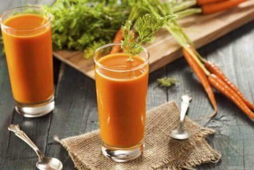 овочеві соки з морквою