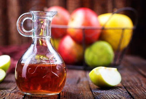 яблучний оцет як засіб для горла
