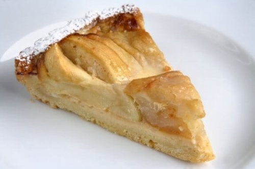 Як легко приготувати яблучний пиріг