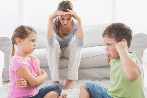 як контролювати сварки між дітьми