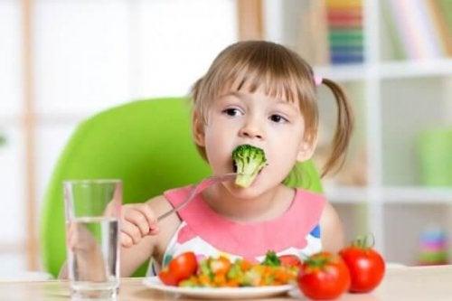 Шість рецептів, які допоможуть вашій дитині їсти овочі