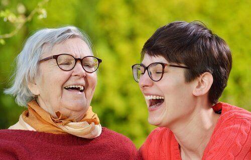 сміх зберігає молодість