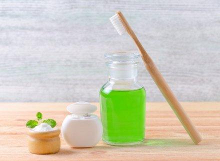 ополіскувач для лікування стоматиту і виразок у роті